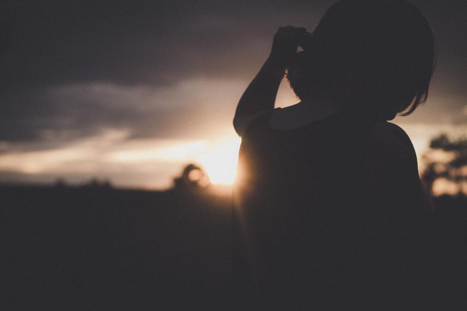很催泪的情绪文案 直击你内心的情绪句子